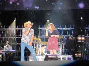 Jason Aldean and Kelly Clarkson